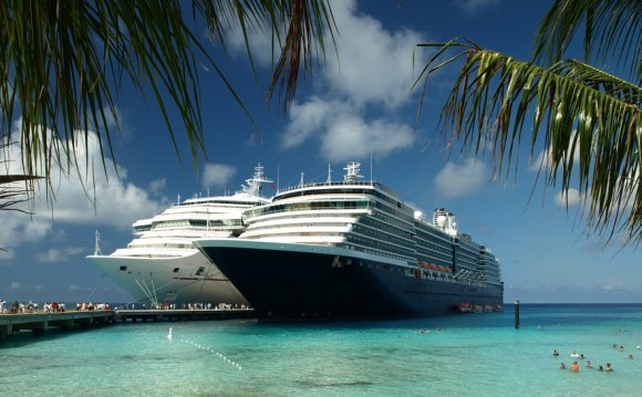 Тур на лайнере по Европе